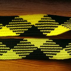 шнурки длина 105 см ширина 2,5 см  желто-черная и  салатово-черная