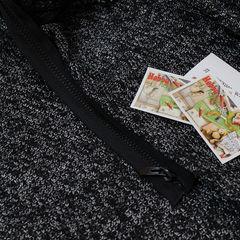 вязаное трикотажное полотно Букле и черная молния