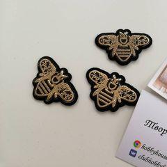 Аппликация пчела золото на черном - 7 грн./шт.